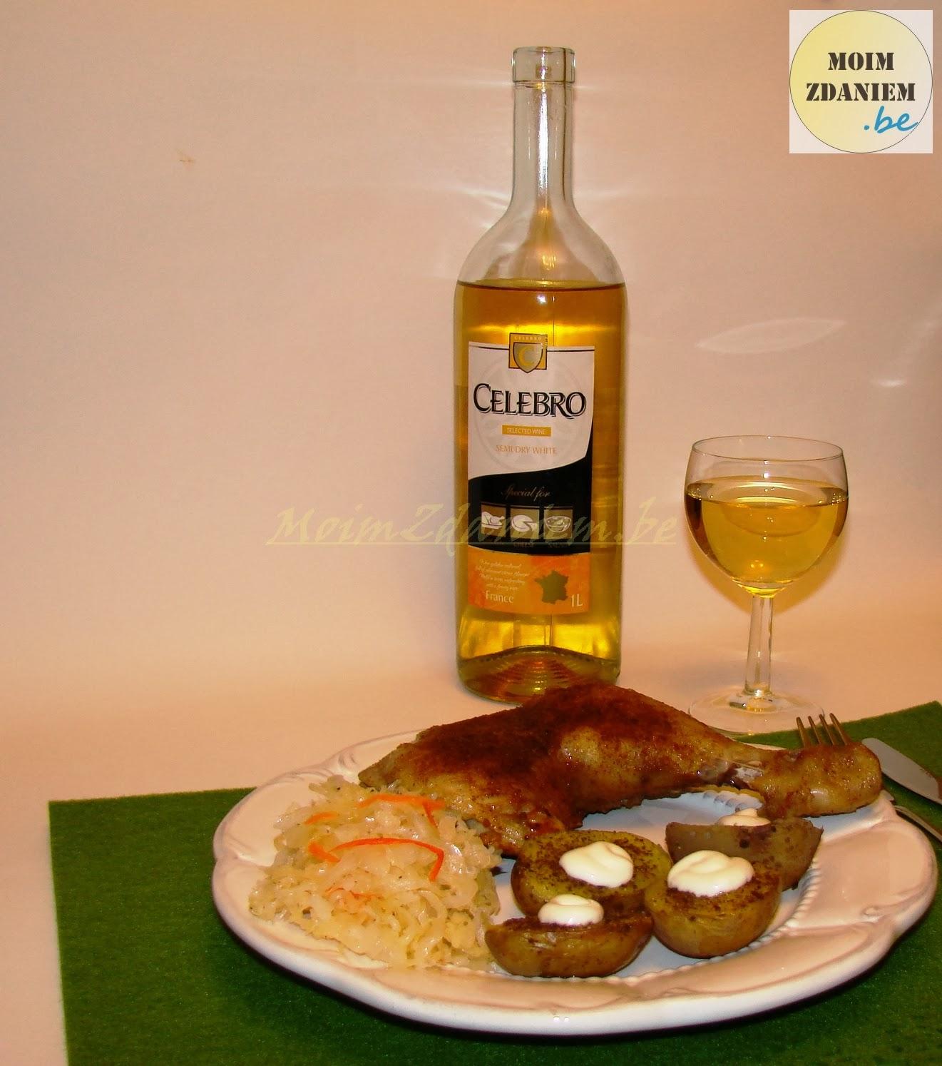 pieczone ziemniaki z pieczonym kurczakiem i bałym winem celebro