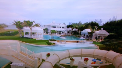 Mildred blogs celine dion 39 s beautiful home in florida - Celine dion swimming pool ...