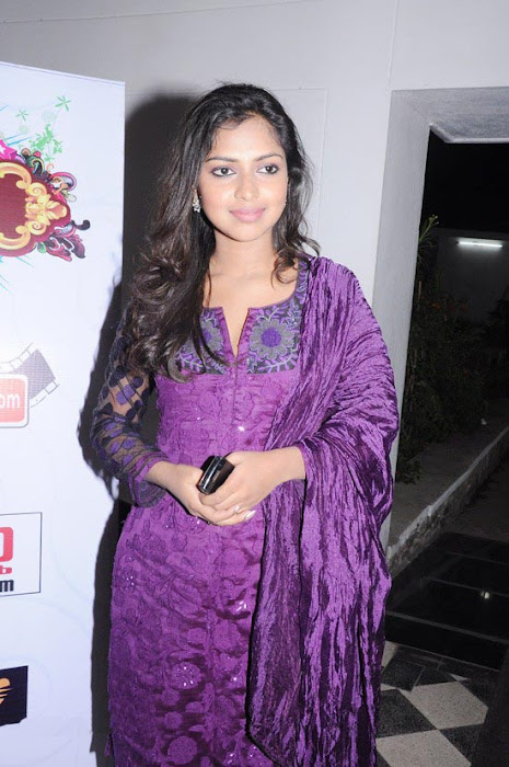 amala paul at edison awards sa actress pics