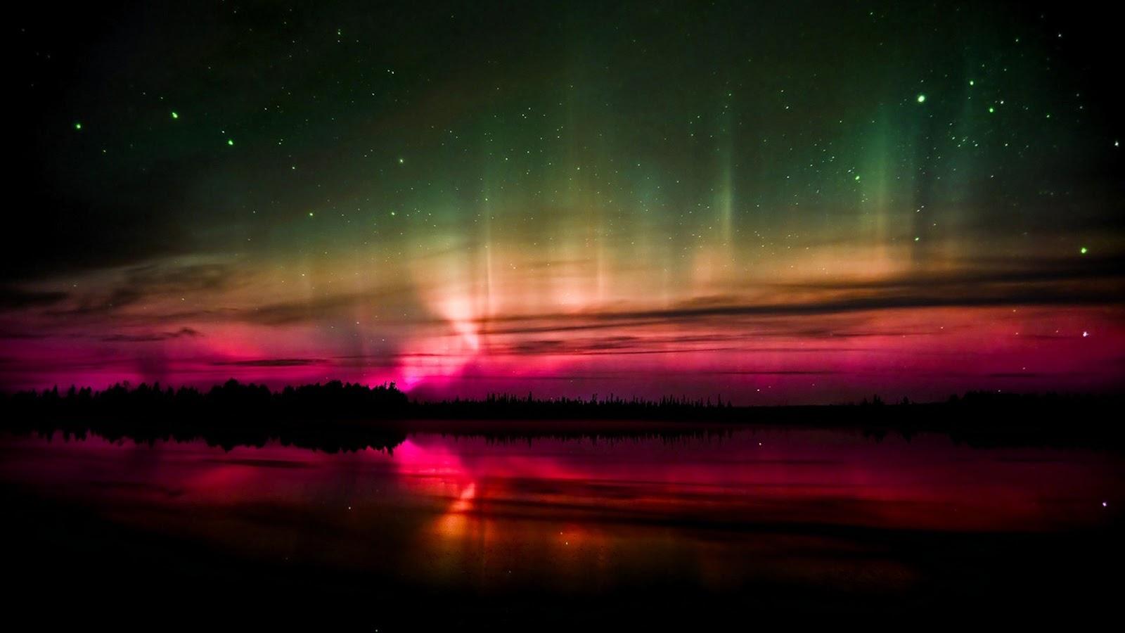 Aurora Borealis. desktop wallpaper