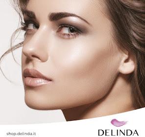 Delinda sbarca online