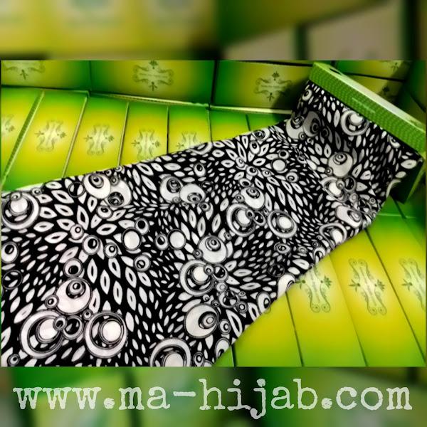 jilbab segi empat motif daun