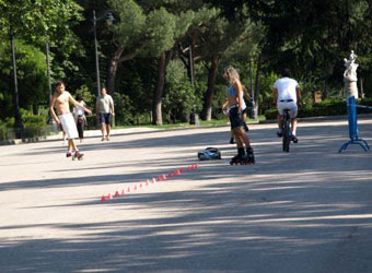 Sports at the Retiro - Rollerblading