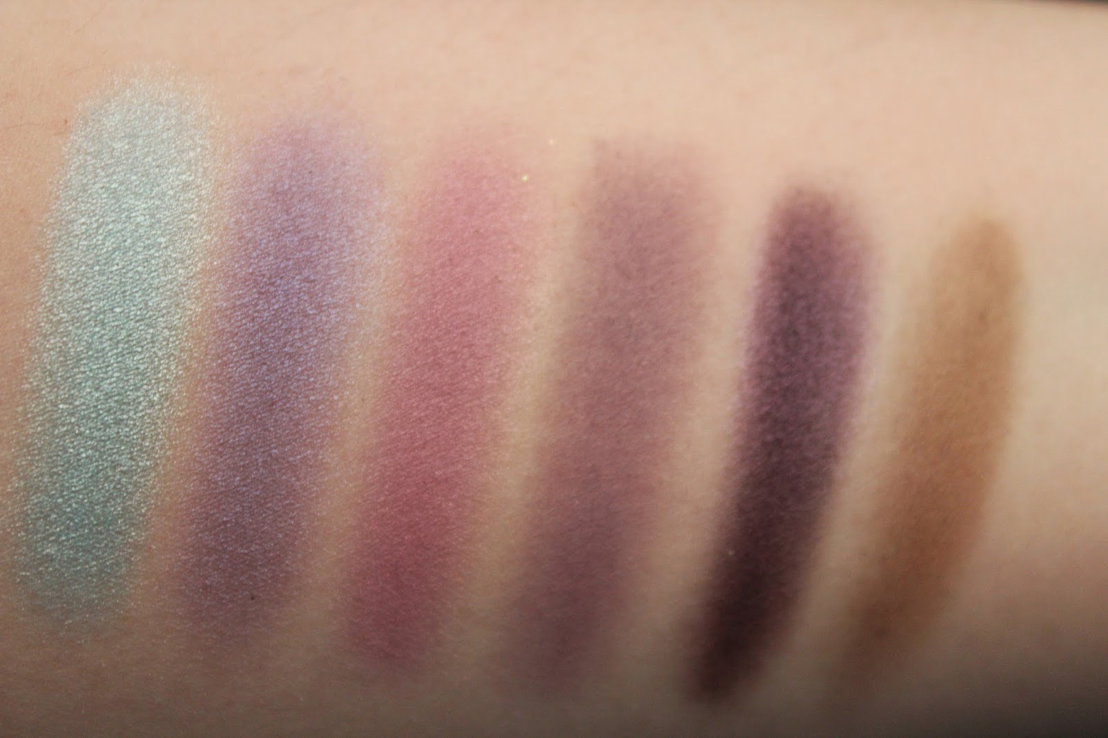 beauty, makeup, makeup swatches, ulta, ulta beauty, ulta collection, ulta eyeshadow, ulta eyeshadow review, ulta eyeshadow swatches, ulta makeup, ulta review,