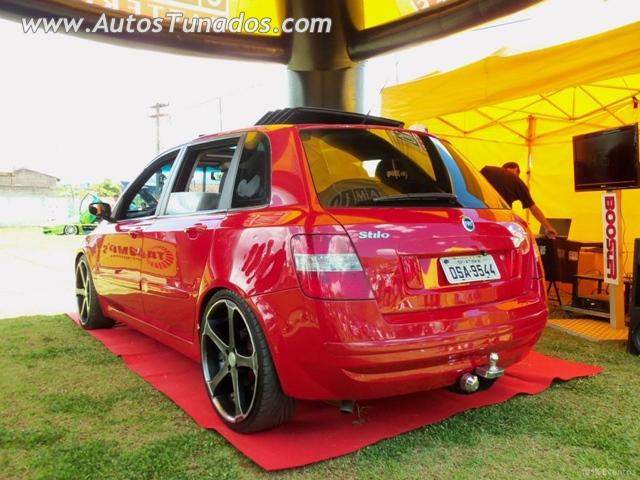 Fiat Stilo vermelho dub