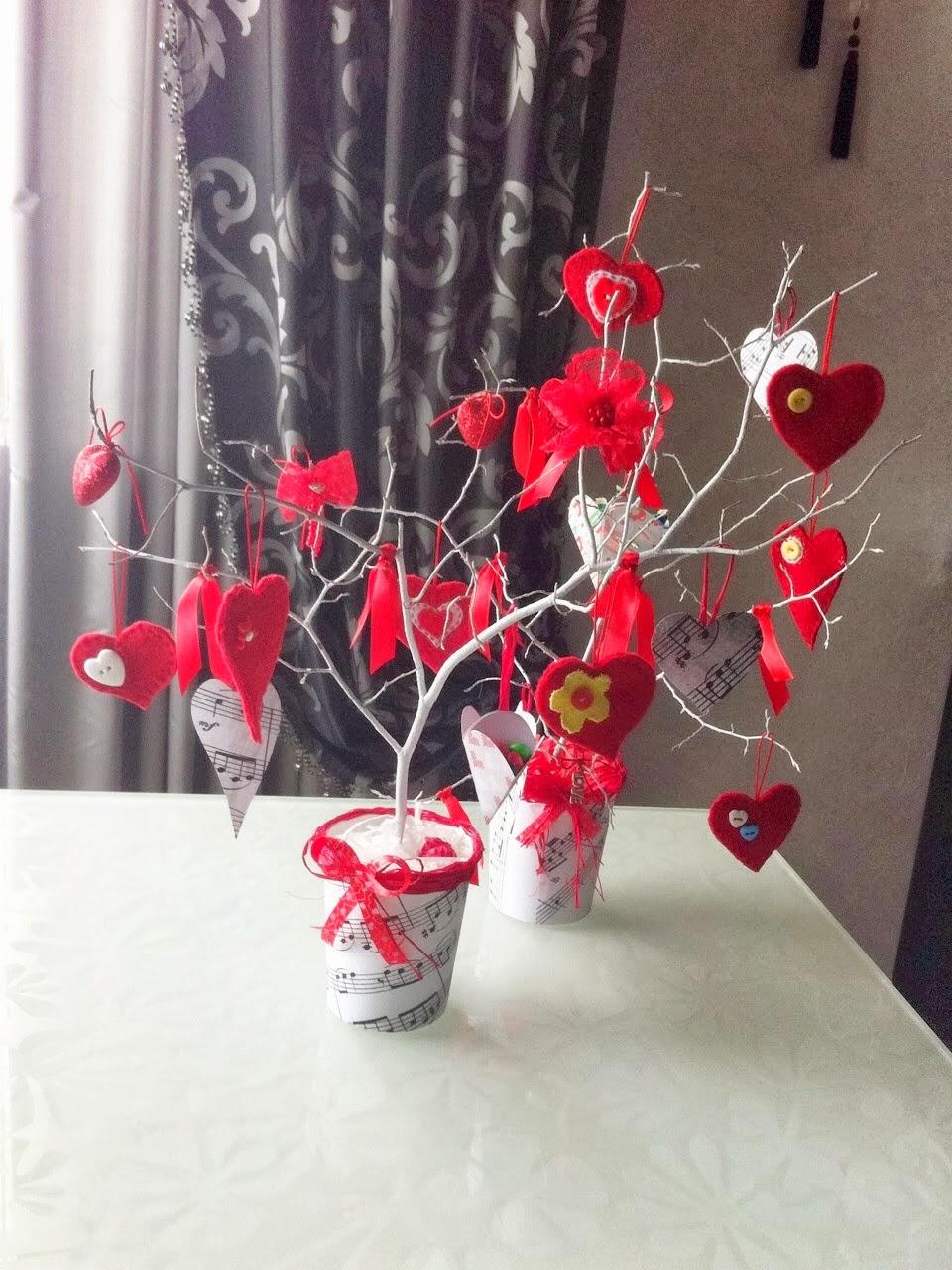 Как сделать дерево с сердечек