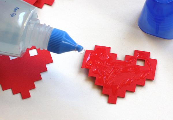 DIY pixel heart necklace How About Orange
