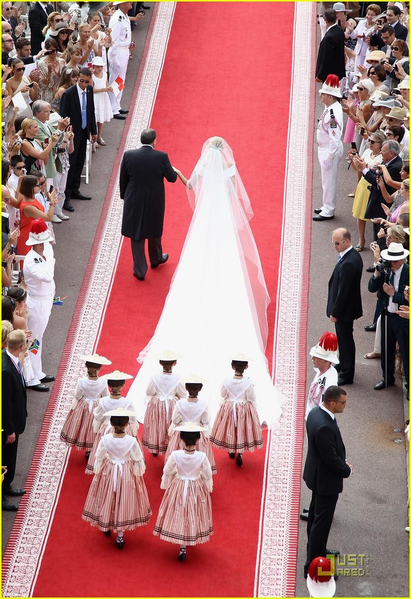 Princess Charlene Wedding Dress - Bollywood Queen Aishwarya Rai