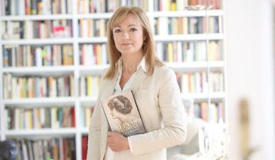 Escritora Cristina Morató