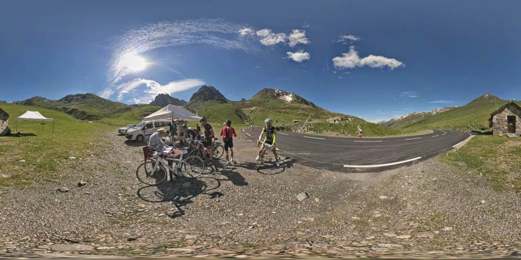 http://philpano.blogspot.fr/2014/07/ravitaillement-au-tourmalet.html#more