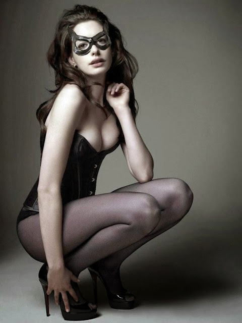 Fetish Inspirations : Anne Hathaway Is Catwoman (The Dark Knight Rises )