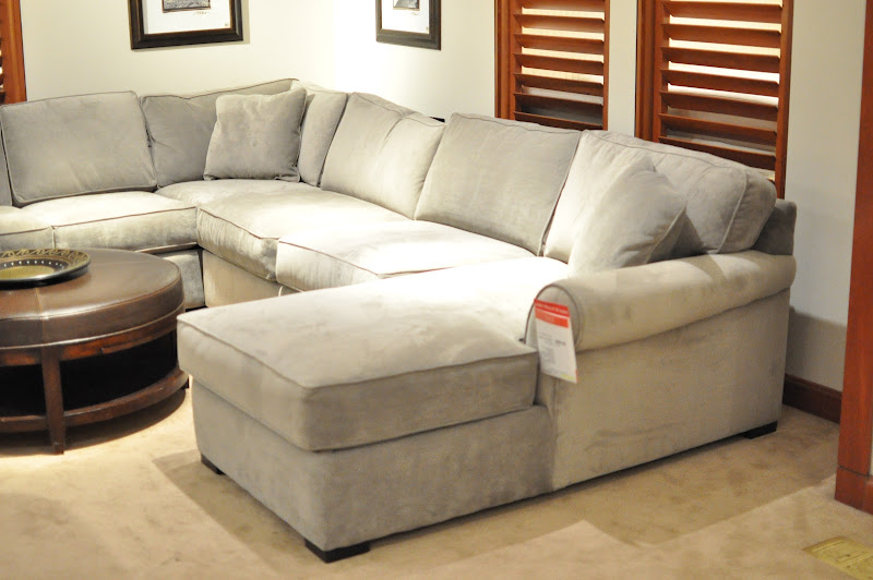Macy's Furniture Sectional Leather Sofas (4 Image)