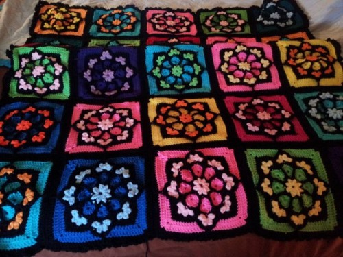 Stained Glass Afghan Square - Tutorial