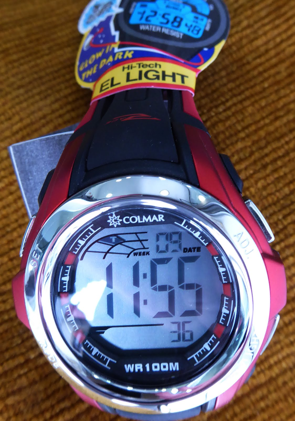 Reloj digital Colmar tamaño grande