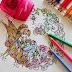 Zpomalte a tvořte pastelkami (aneb vymalovánky pro dospělé)