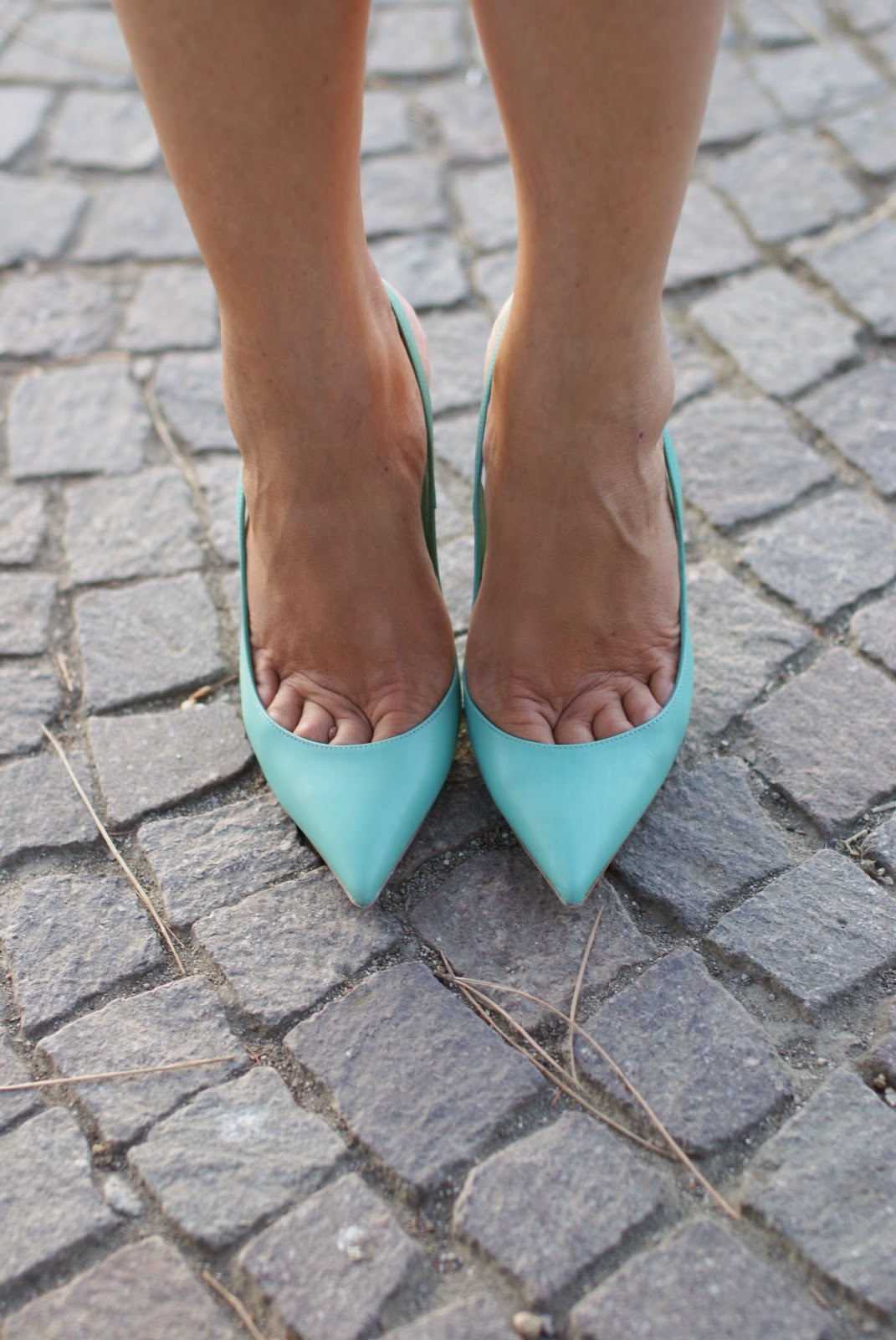 Le Silla pumps, sea green shoes, mint green heels, Fashion and Cookies, fashion blogger