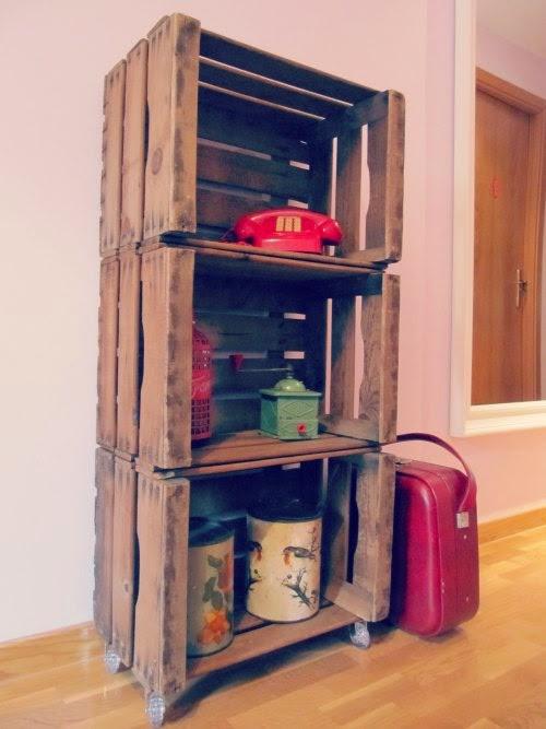 presentacin estantera con cajas de madera para fruta