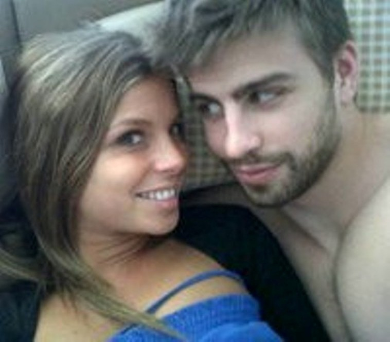 sib so: Gerard Pique Girlfriend 2011 Pics