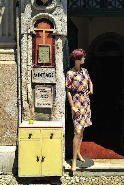 a Porta Verde - Vintage Shop - Aveiro, Portugal