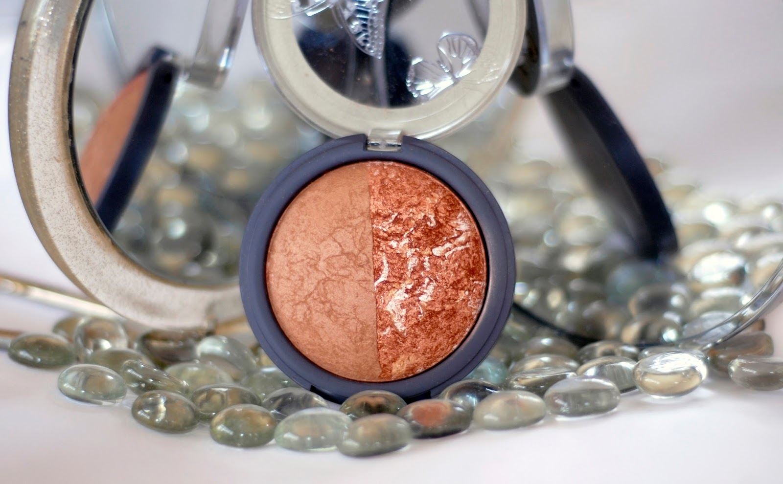 Accessorize Baked Bronzer Duo in Bali