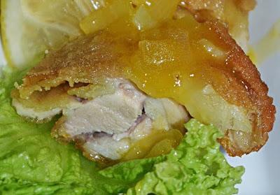 sudah beberapa hari aku tidak menulis lagi di blog ini dan hari ini aku akan berkongsi r Resepi Ayam Masak SOS lemon Praktis dan Ringkas