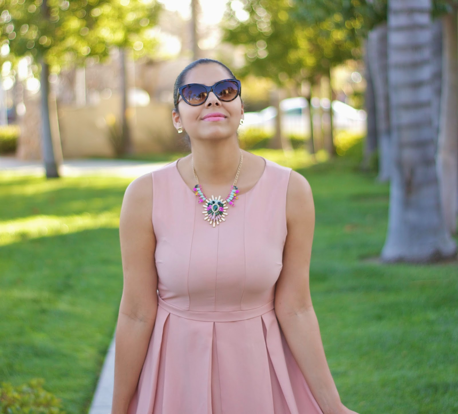 Whimsical Outfit, Shop Prima Donna necklace, Shopprimadonna pink and mint necklace