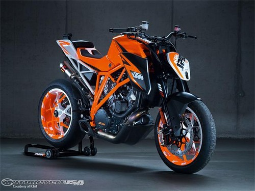 Download lpo 2013 ktm 1290 super duke r specs price photos 2013 ktm 1290 super duke r specs price photos 2013 yamaha stratoliner s specs review price pictures fandeluxe Image collections