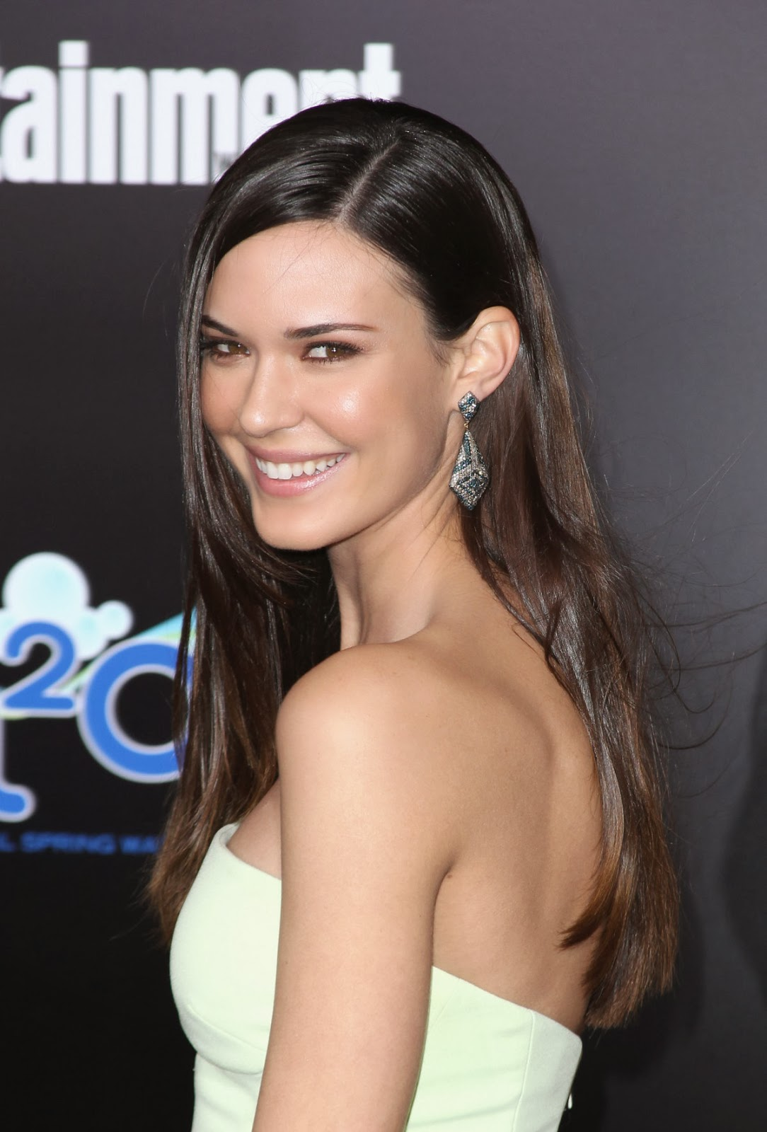 Download this Odette Annable Pictures Beautiful picture