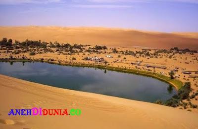 Danau - Danau Terindah Yang Ada Ditengah Gurun Pasir
