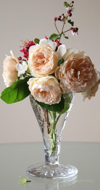 flowers, roses, bouquet, arrangement, birthday, beauty, beautiful, myrtle, bloom, flores, rosa, photography, sarah, myers, sunlight, crystal, glass, interior, ambiance, floral, garden, blumen, elegant, photograph, english, rose