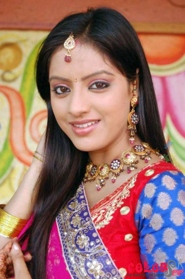 CelebsView: Deepika Singh Sexy Photos