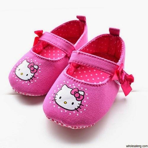 chaussure bébé fille hello kitty