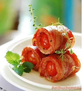 Thịt ba chỉ cuộn cà chua bi nướng