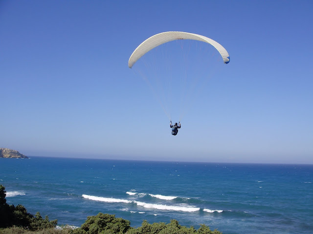 Paragliding on Crete by Giannis Skarpathiotakis