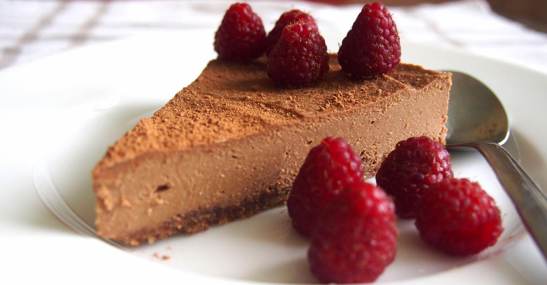 Raakasuklaa kakku -taivaallisen hyvää!