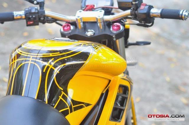 Modifikasi Yamaha Vixion Street Fighter Ban Gambot Keren 2014