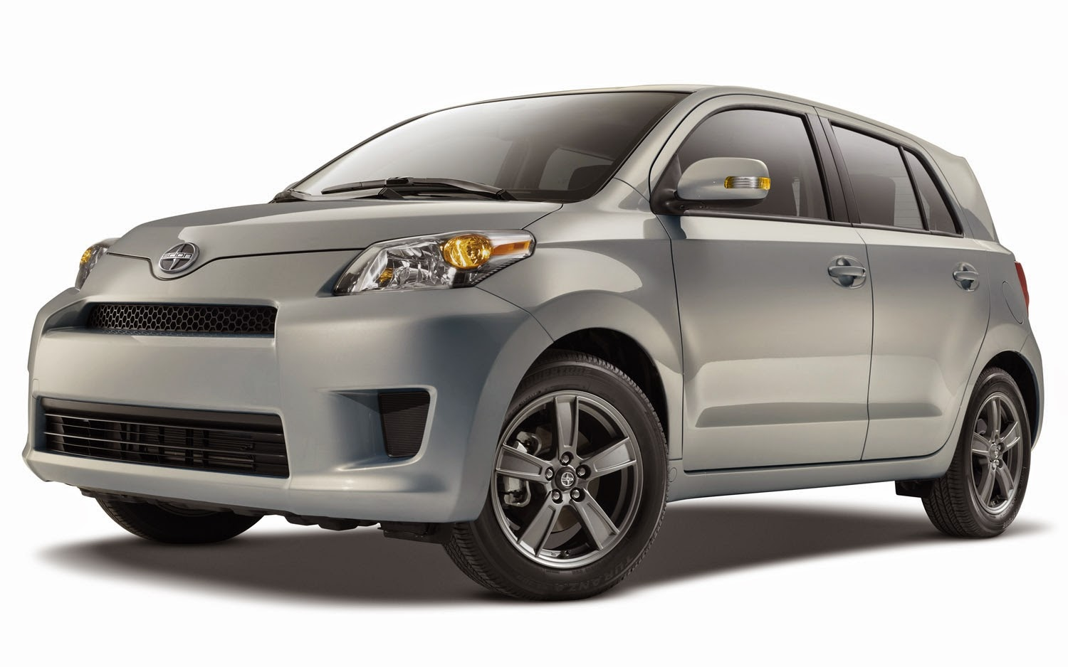 2013 Scion xD Series 10