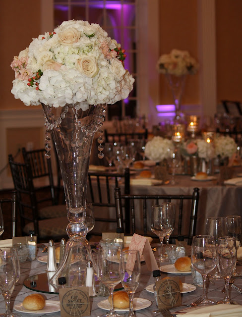 Reception Table Centerpiece at Glen Sanders Wedding Flowers