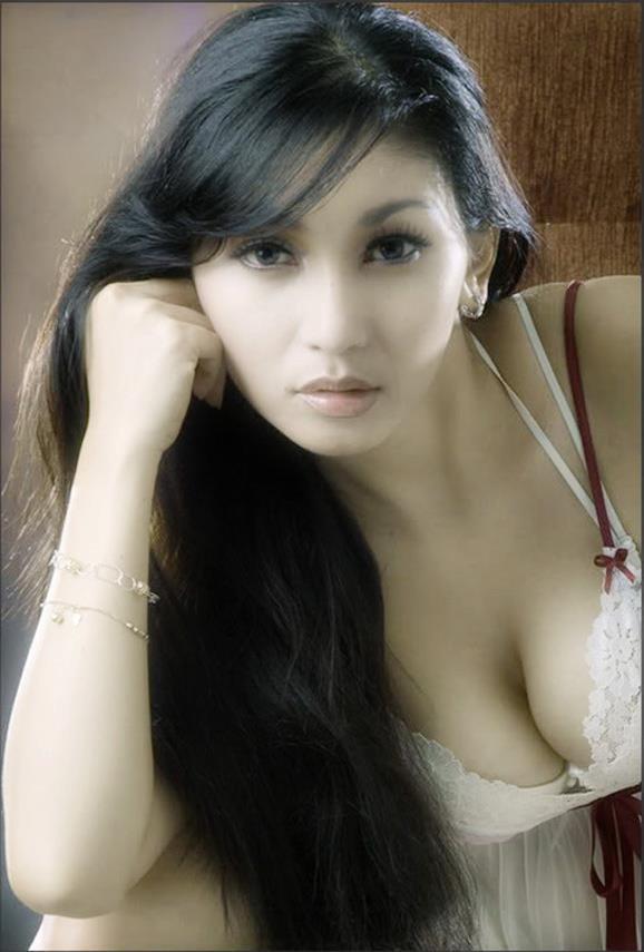 Pictures Download Artis Bugil Sekedar Berbagi Jpg.