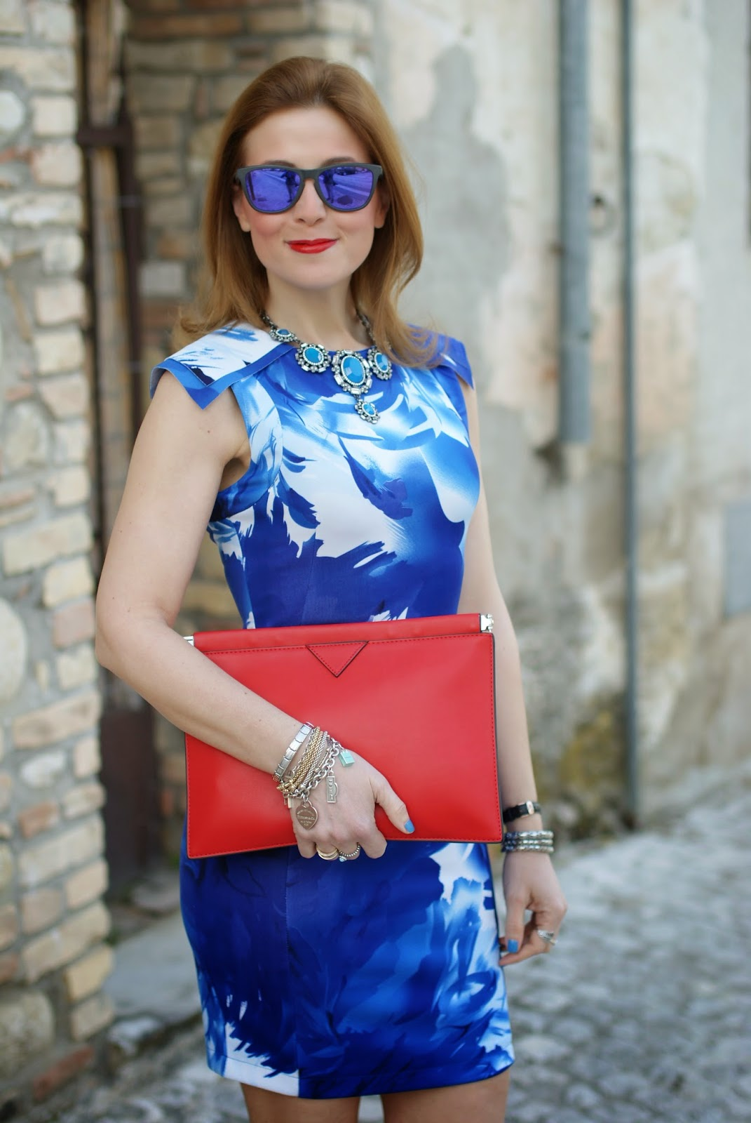 Blackfive blue dress, blue bodycon dress, Oakley blue mirror sunglasses, Fashion and Cookies, fashion blogger