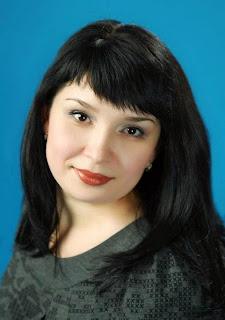 меня зовут Лена,  Мой блог рукодельный - ничего личного)) Показываю  свои работы, делюсь опытом...