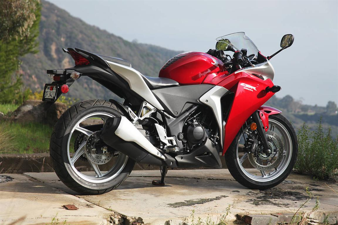 Honda cbr250r specifications company name honda product name cbr250r motorcycle type sports bike fuel type petrol city mileage 25 kmlp
