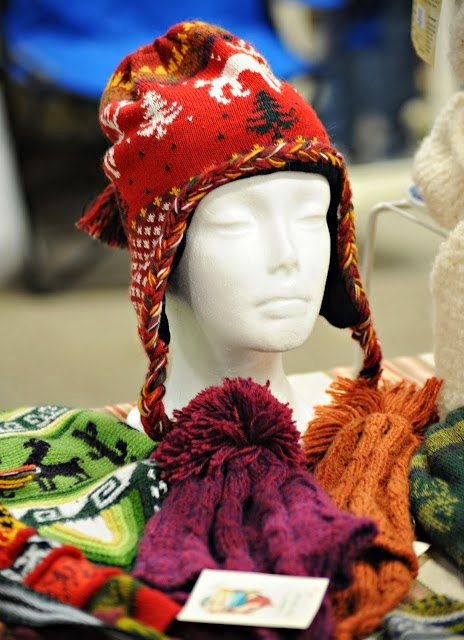 Special care in winter with woolen caps and scarfs of bright colors to lift up the mood
