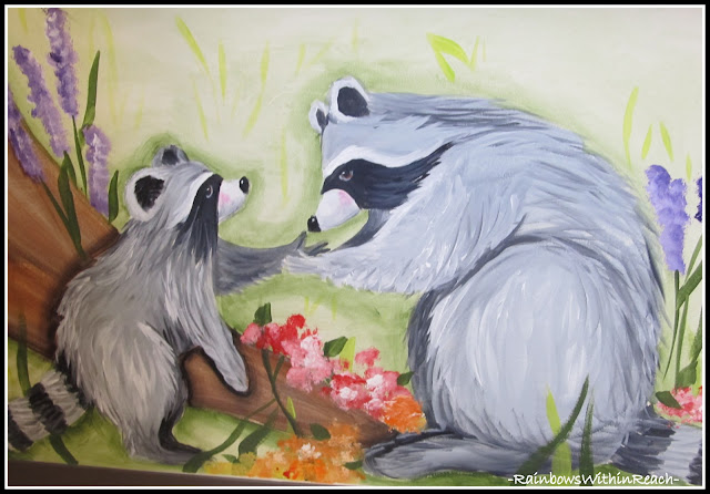 photo of: Kindergarten Painted Wall Mural Kissing Hand