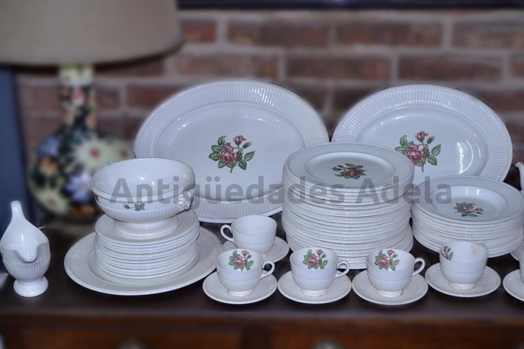 Antig edades adela antiguo juego de platos vajilla for Vajilla de platos