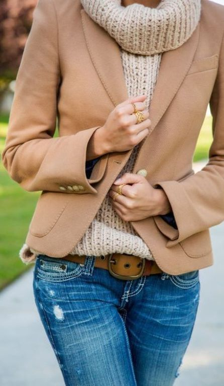 street style: casual camel blazer and knitted sweater outfit