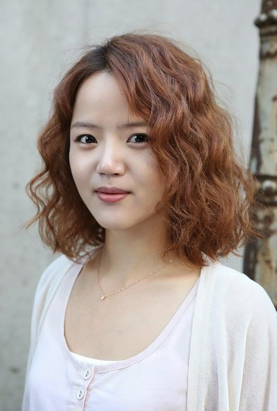 Model Rambut Wanita Sebahu Ala Korea 8