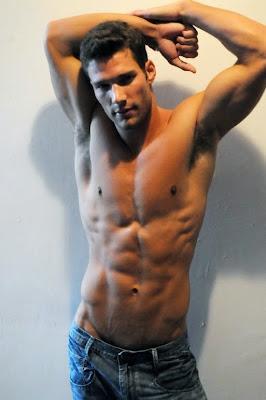 hot+model