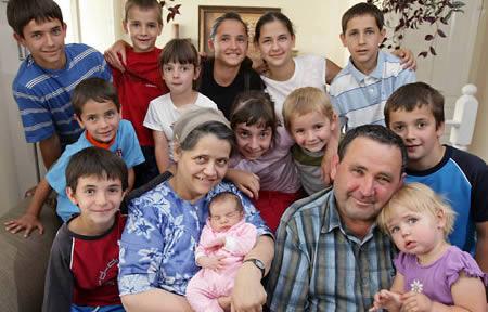 La Mujer con mas Hijos en la Historia 69 en total