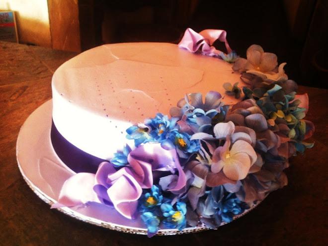Easter_Spring_Lav_Elegant_Cake_Hat_Society 7